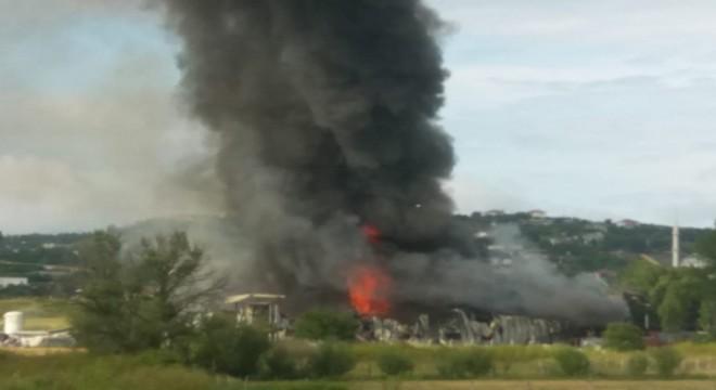 Çatalca Geri Dönüşüm Merkezi'nde yangın