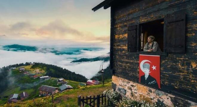 Spor Toto Yılın Basın Fotoğrafları 2019' yarışmasının ödülleri, Türkiye Foto Muhabirleri Derneği'nin (TMFD) 35. kuruluş yıldönümü olan bu akşam Ankara'da Meyra Palace Otel'de yapılacak törenle sahiplerini bulacak.