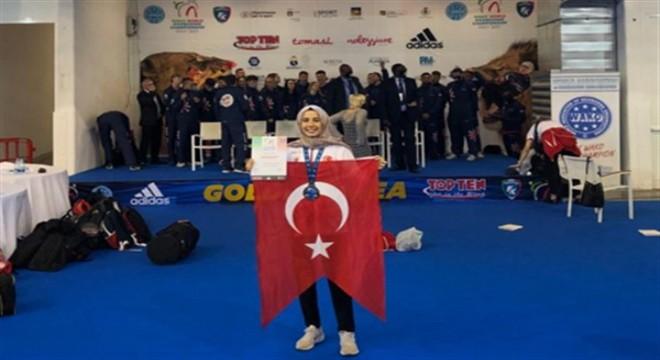 Büyükşehir sporcusundan 'Dünya Şampiyonası' başarısı