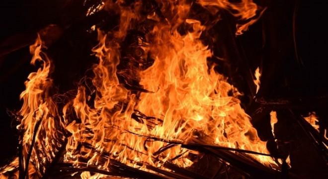 Cam şişe, kırık cam ve naylon poşetler orman yangınına davetiye çıkarıyor
