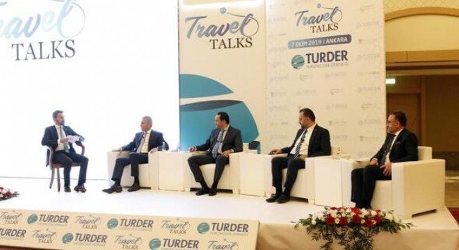 """Ankara turizminin konuşulduğu toplantıda direkt uçuş konusuna değinen ATO Başkanvekili ve Kent Konseyi Başkanı Halil İbrahim Yılmaz, """"Uçuş saatlerinin gündüz saatlerine çekilmesi konusunda hep bir ağızdan tepki göstermeliyiz"""" dedi. TÜRSAB Başkanı Firuz Bağlıkaya da Ankara'nın sağlık ve kongre turizm"""