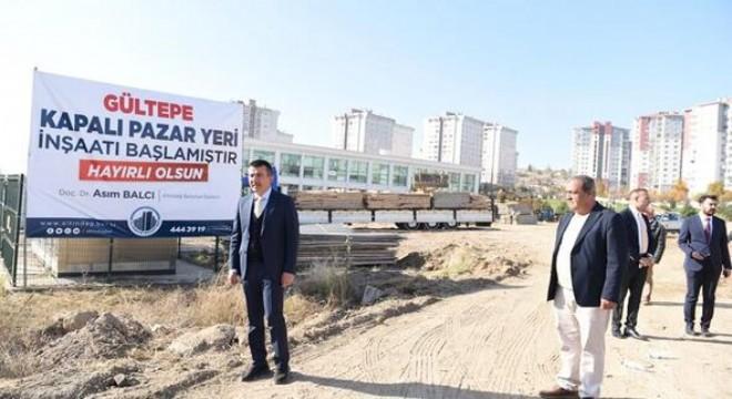 Altındağ Belediyesi tarafından Gültepe Mahallesi'nde inşasına başlanan kapalı pazar alanının içerisinde kütüphane ve 60 araçlık kapalı otopark yer alacak.