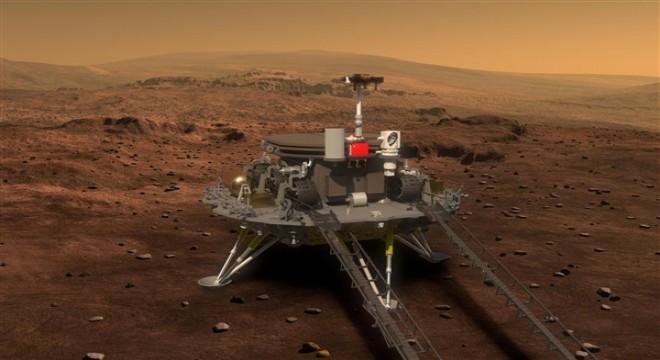 Mars'taki incelemelerini sürdüren Zhurong'un 509 metreyi geçti