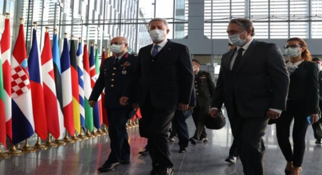 Milli Savunma Bakanı Akar, NATO Karagahı'nda