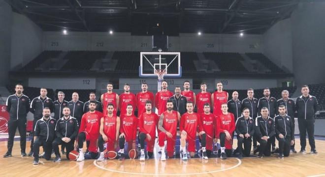 NBA'deki yıldızlarımız yok ama Ankaralılar var!