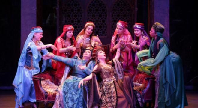 Devlet Tiyatroları'nın geçtiğimiz yıl başlattığı Nöbetçi Tiyatro uygulaması, bu sezon da devam ediyor.