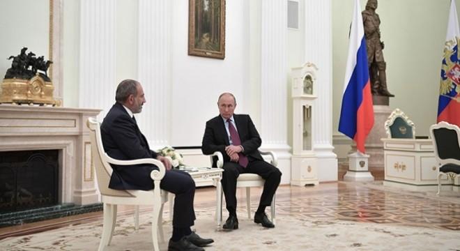 Putin PaÅinyan ile ilgili görsel sonucu