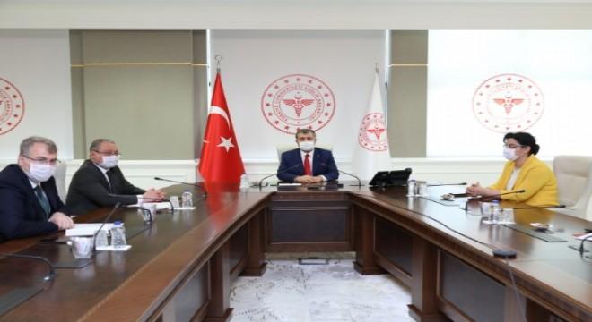 Sağlık Bakanı Koca, İl Müdürlerine Bayram talimatları verdi