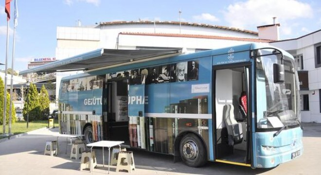 Bünyesinde 3 bin 400'den fazla kitap ve dört adet bilgisayar barındıran Gezici Kütüphane, Mamak Belediyesi ile Ankara İl Kültür ve Turizm Müdürlüğü işbirliğinde yarın Mamak Abidinpaşa Aile Merkezi'nin önünde olacak.