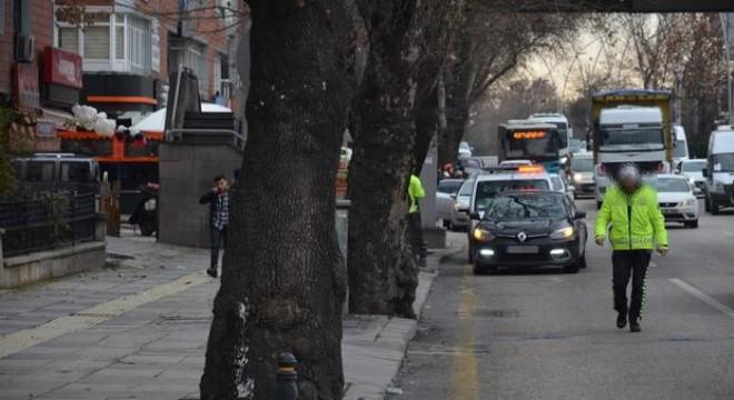 Taksiciler 'korsan' peşinde