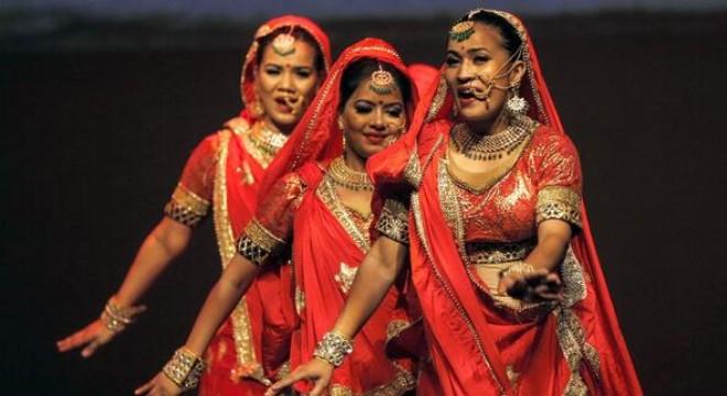 Hindistan'ın Ankara Büyükelçiliği'nce düzenlenen 'Hindistan'a Bakış Tagore Resim Yarışması'nda dereceye girenler, törenle ödüllerini aldı.
